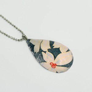Large Teardrop necklace - Blue with white flowers
