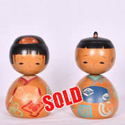 Nodder Kokeshi Doll Couple
